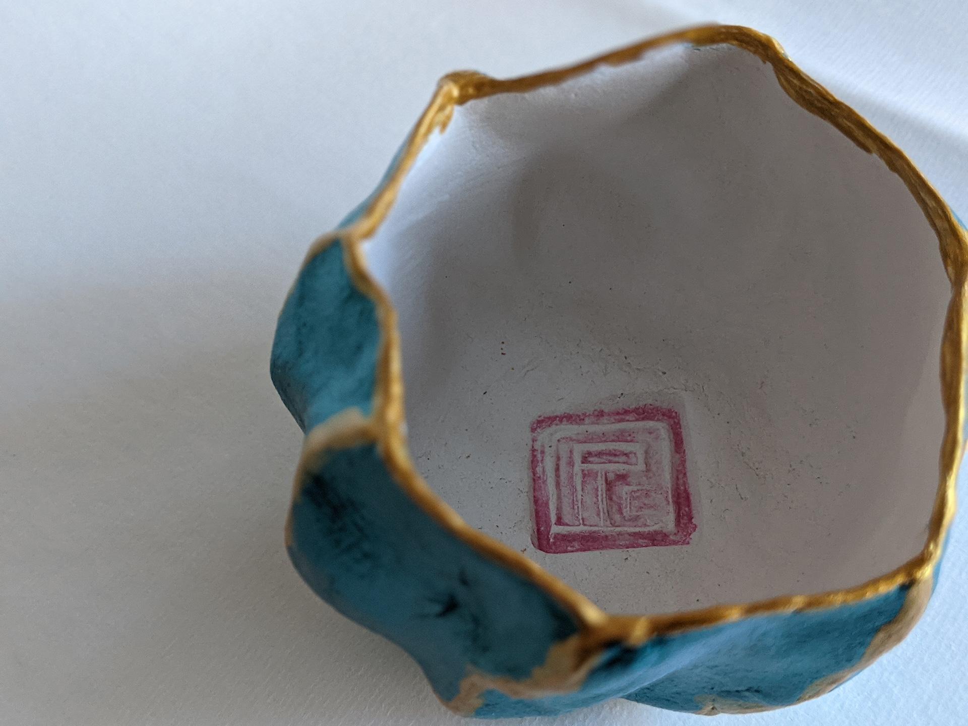Pinch Pot by Fan Stanbrough