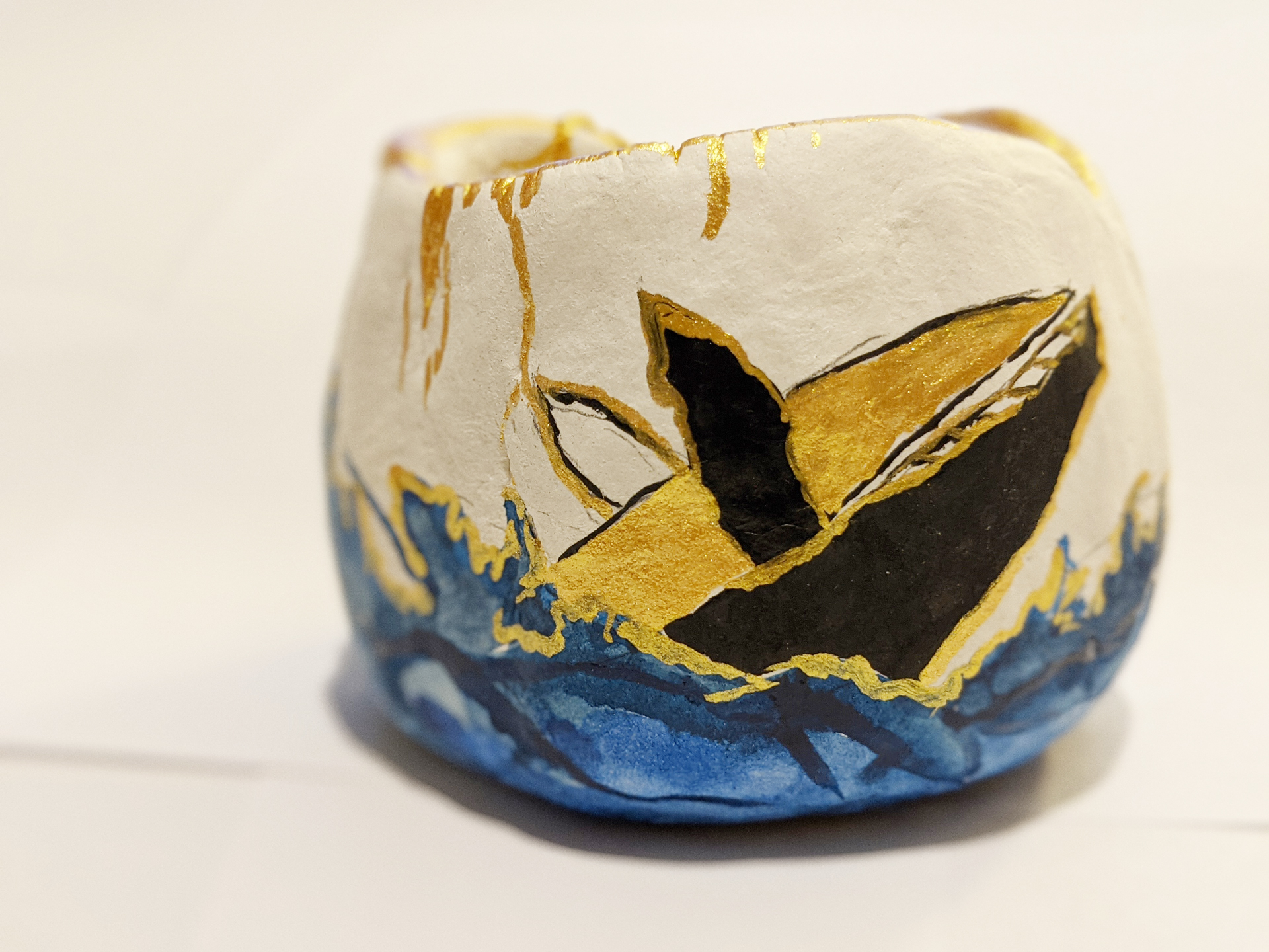 Whale Pinch Pot by Fan Stanbrough